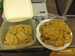 Lawyer Guy's cookies on the left, mine on the right.  Sorry for the terrible photo quality!  This was taken with my iPhone in a dark room lit by hideous fluorescent lighting.