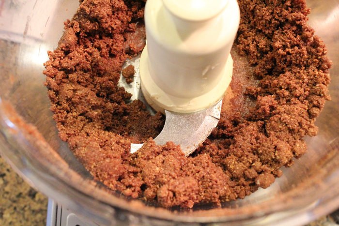 crust in food processor | HipFoodieMom.com