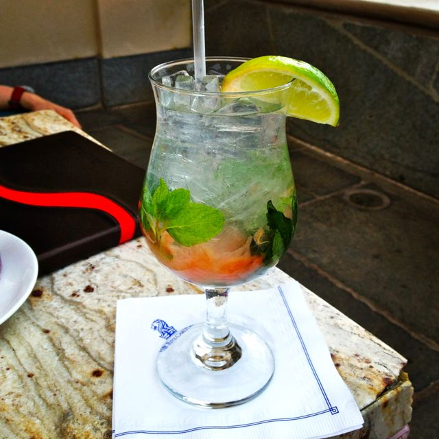 The first (of many) drinks that I enjoyed (mojito with grapefruit - delightful!).