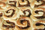 caramel_apple_cinnamon_roll_7
