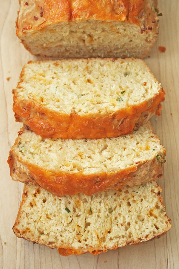 cheesy_beer_quick_bread_6