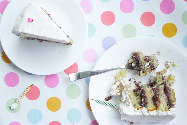 lemon_poppyseed_cake_marshmallow_frosting_8