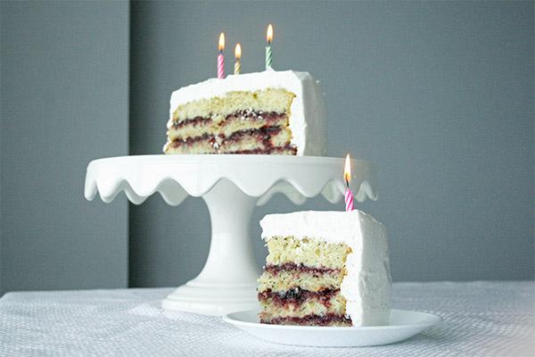 lemon_poppyseed_cake_marshmallow_frosting_9