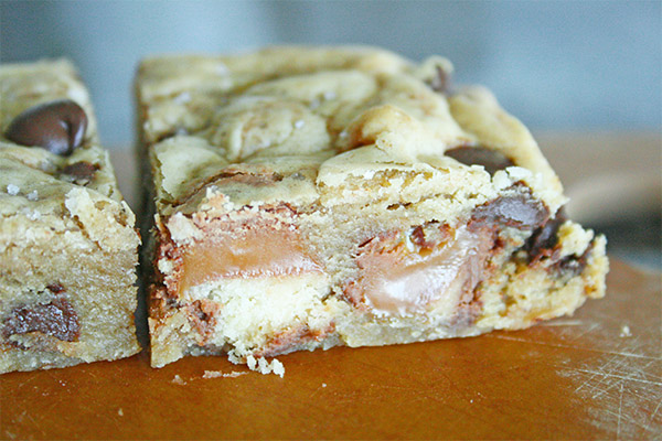 Twix Brown Butter Blondies 8