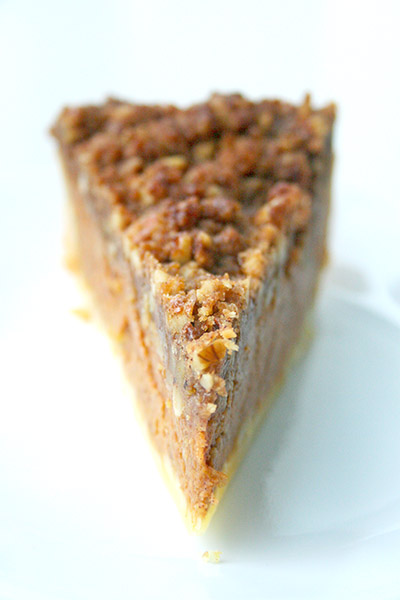 Pumpkin_bourbon_crumb_pie_6