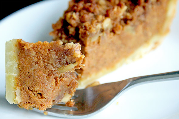 Pumpkin_bourbon_crumb_pie_8