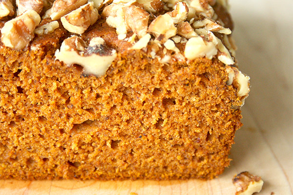 Olive_oil_pumpkin_loaf_2