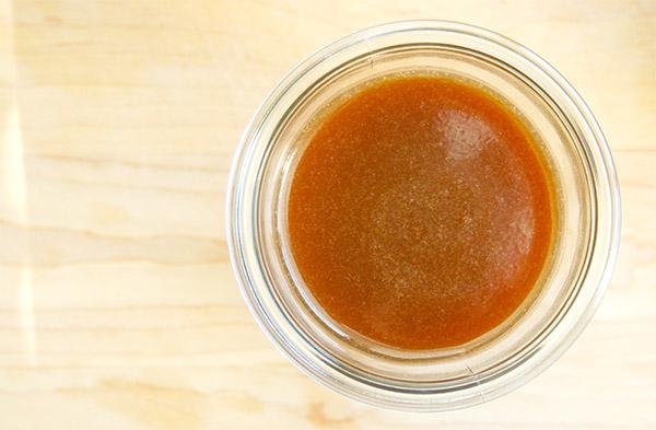 Salted_bourbon_caramel_1