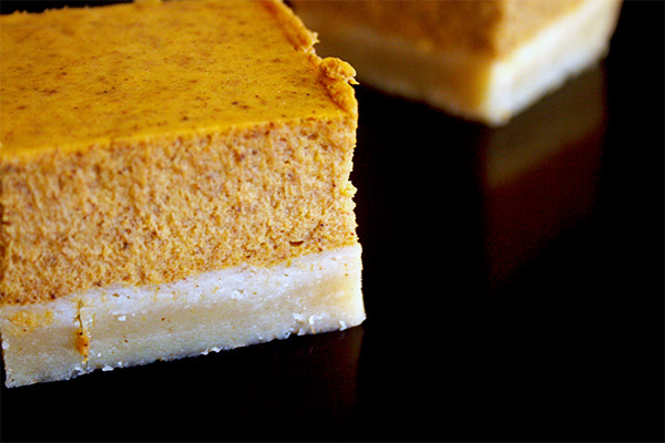 Pumpkin_cheesecake_bars_1