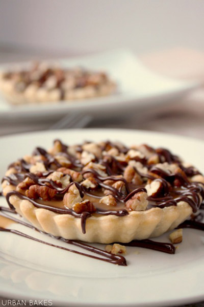 Turtle Cheesecake Tartlet