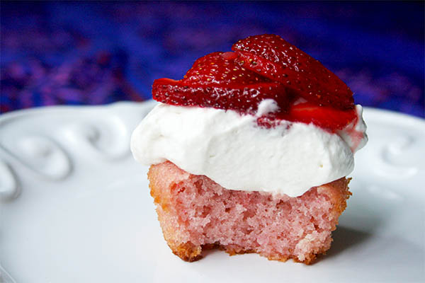 Fresita Strawberry Cupcakes | www.gottagetbaked.com