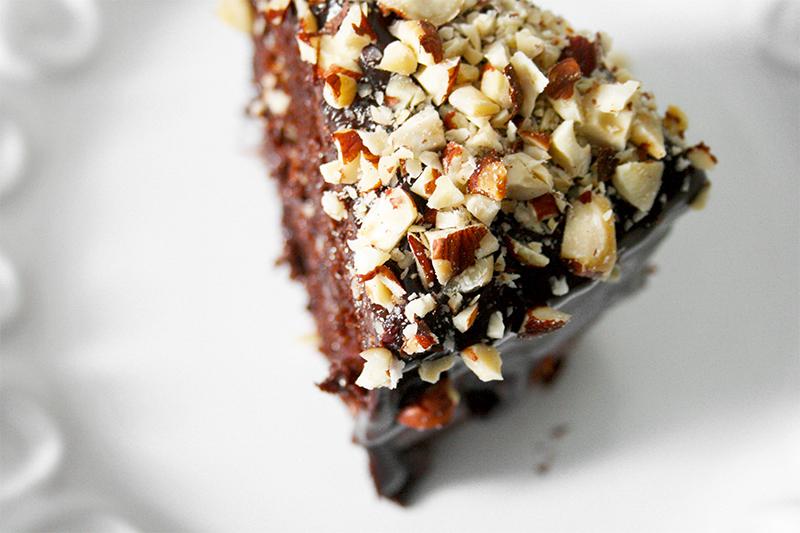 Nutella Layer Cake | www.gottagetbaked.com